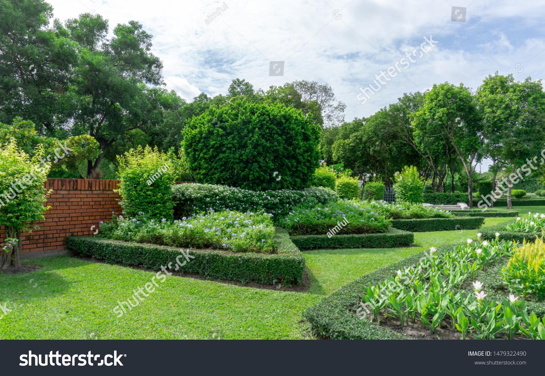 Topiary English Formal Garden Style Gardens Stock Photo Edit Now