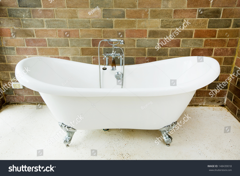 Old Bathtubs Cintinel