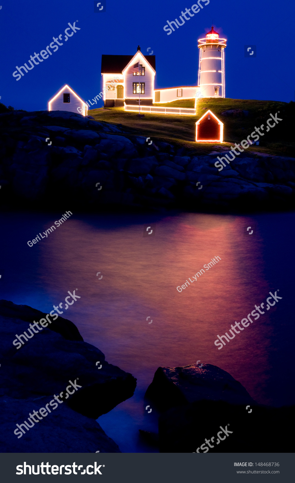 Christmas July Nubble Lighthouse Stock Photo (Edit Now) 148468736 ...