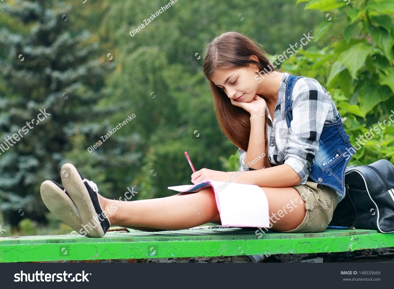 school girl smoking cigarettes