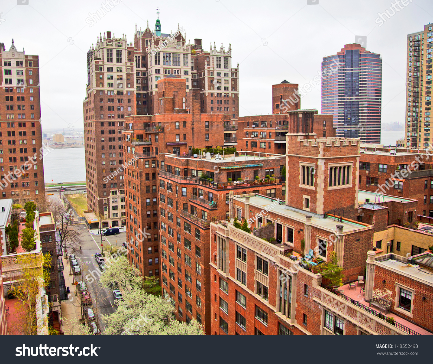 Traditional Red Brick Apartments Manhattan New Stock Photo ...