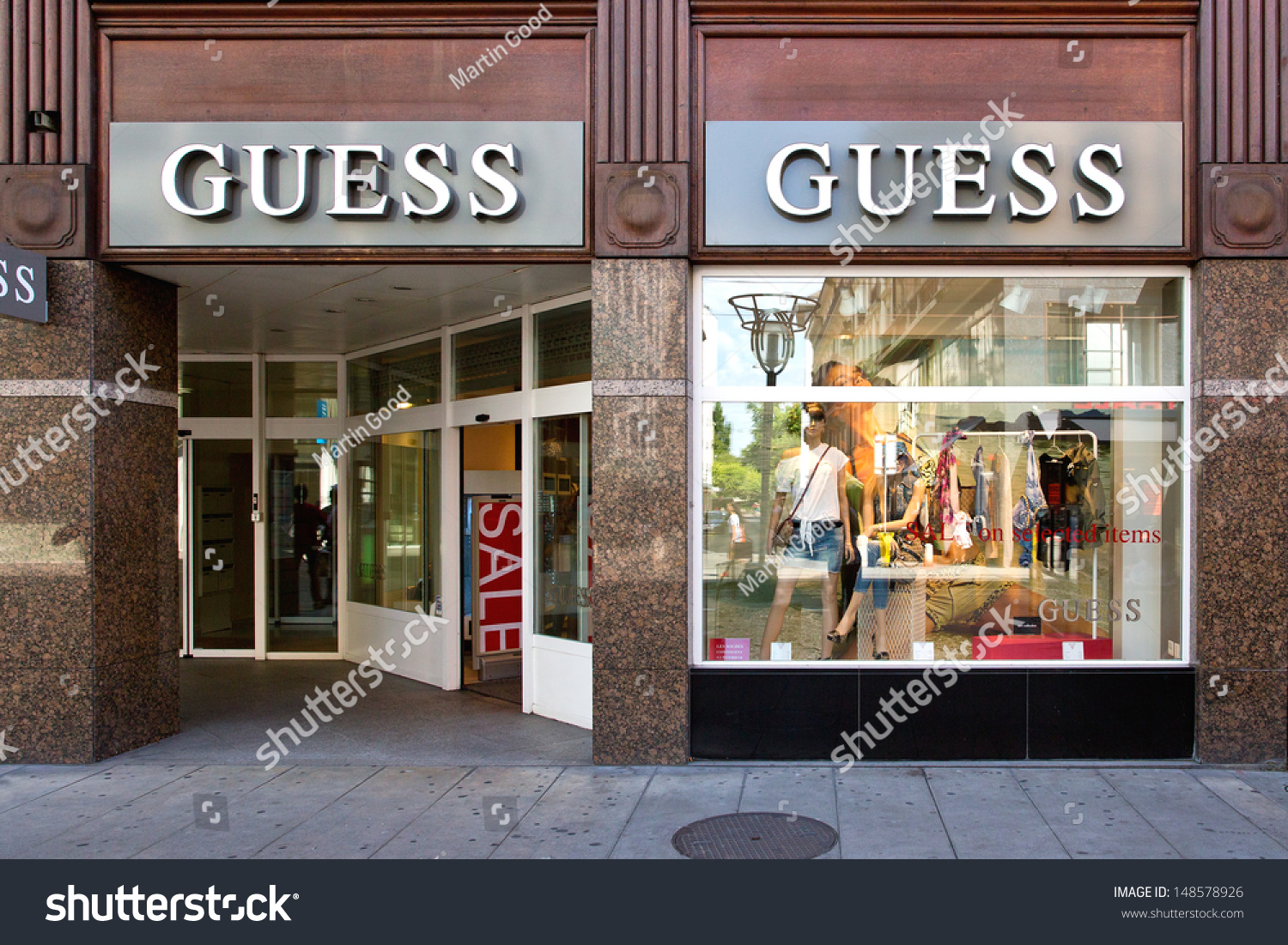 Nuova disponibile scarpe di separazione Geneva August 3 Retail Outlet Guess Stock Photo (Edit Now) 148578926