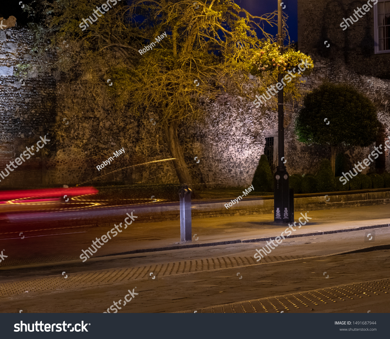 Nighttime Photography City Streets Old Buildings Stock Photo Edit Now 1491687944