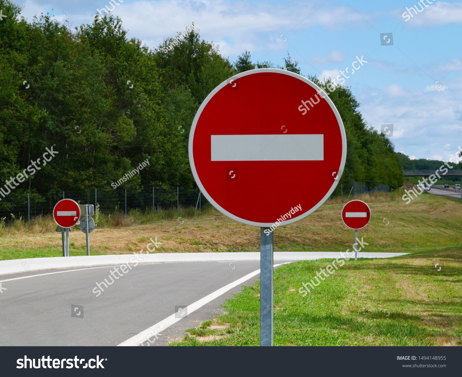 stock-photo-no-entry-traffic-sign-on-a-h
