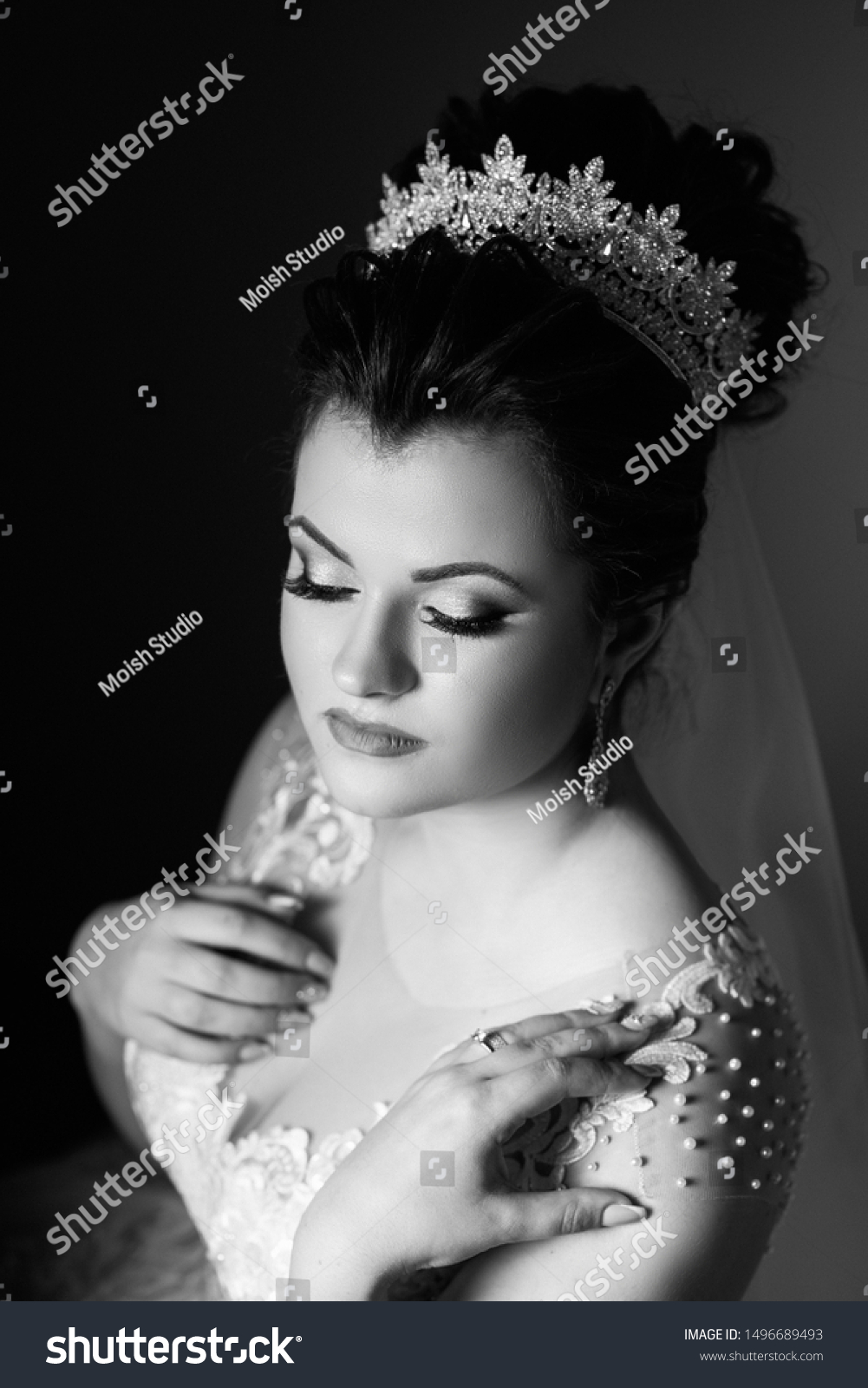 Beauty Woman Wedding Hairstyle Makeup Bride Stock Photo Edit Now
