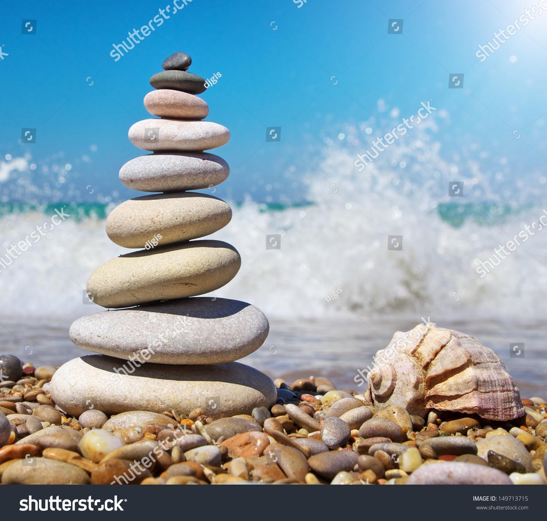 Relax Stone: Stone Pyramid On Seashore Relax Composition Stock Photo
