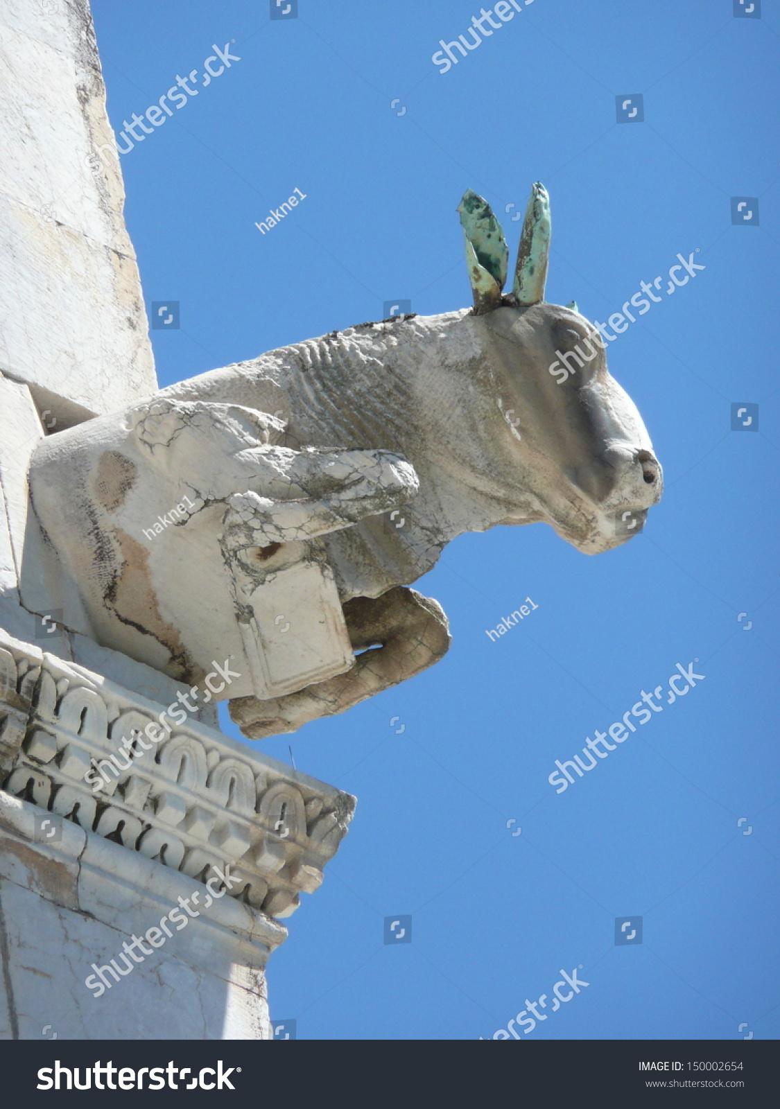 Statue Bull Symbol Luke Evangelist Corner Stock Photo Edit Now