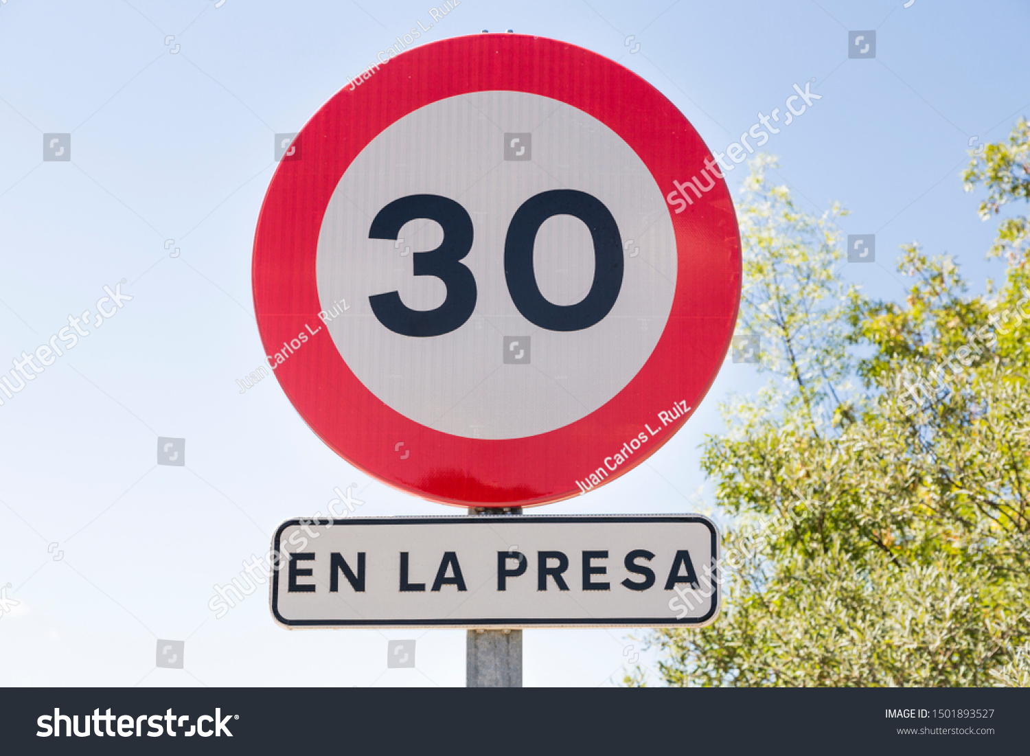 Legal Speed Limit back to 120km/h