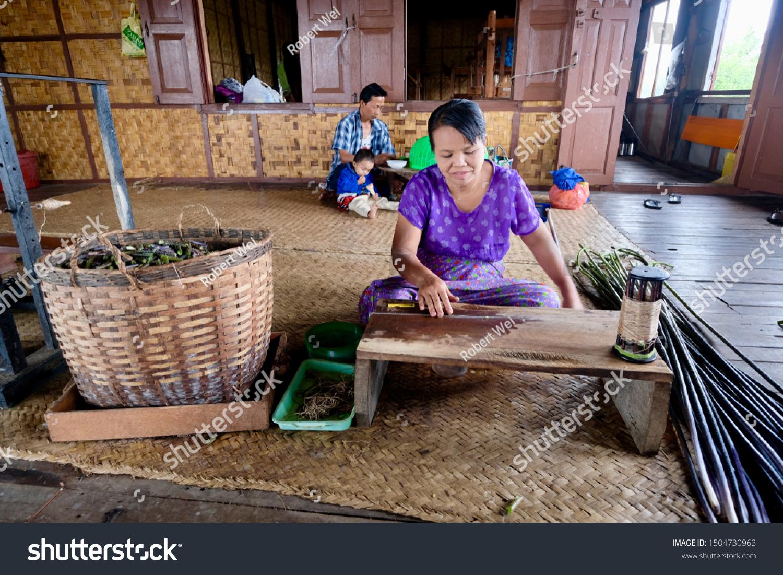 Shan Statemyanmarsep2019 One Sitting Female Burmese Stock Photo Edit Now 1504730963