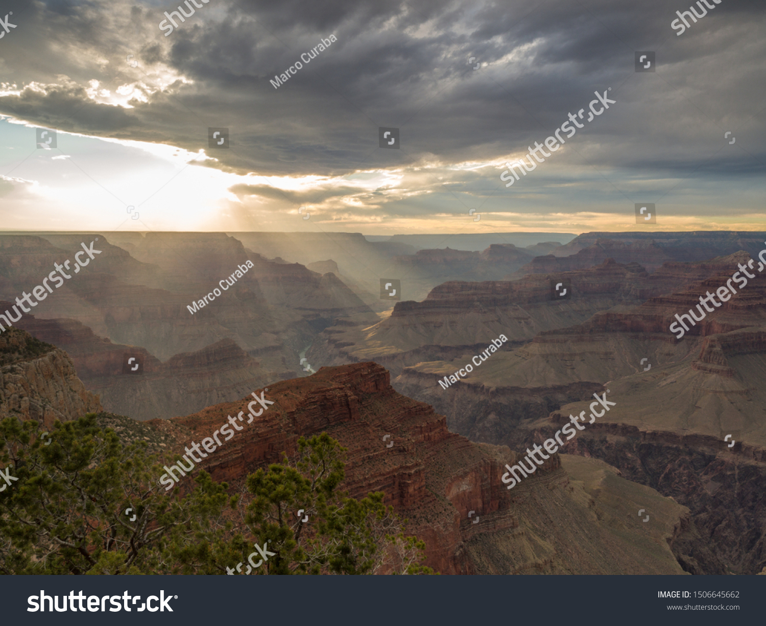 stock-photo-sunset-at-grand-canyon-with-