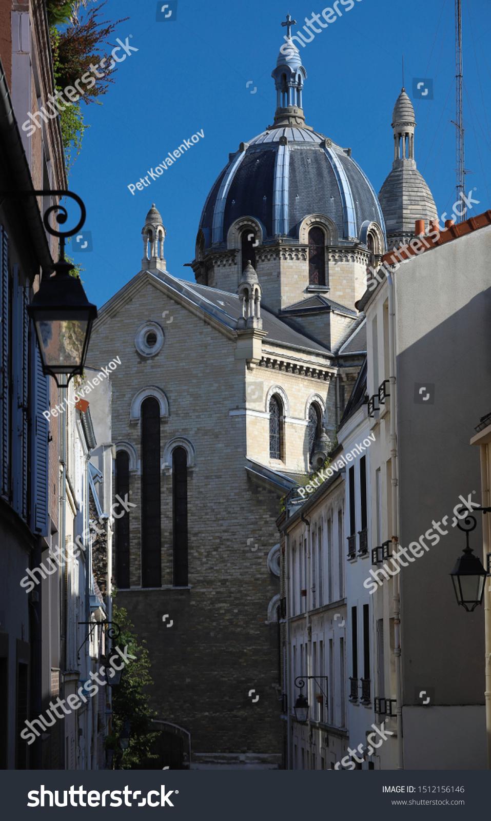 La Butte Aux Cailles Photos saintanne de la butteauxcailles church located | buildings