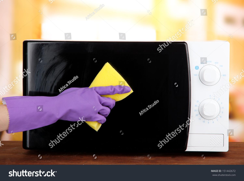 how to clean sponge in microwave