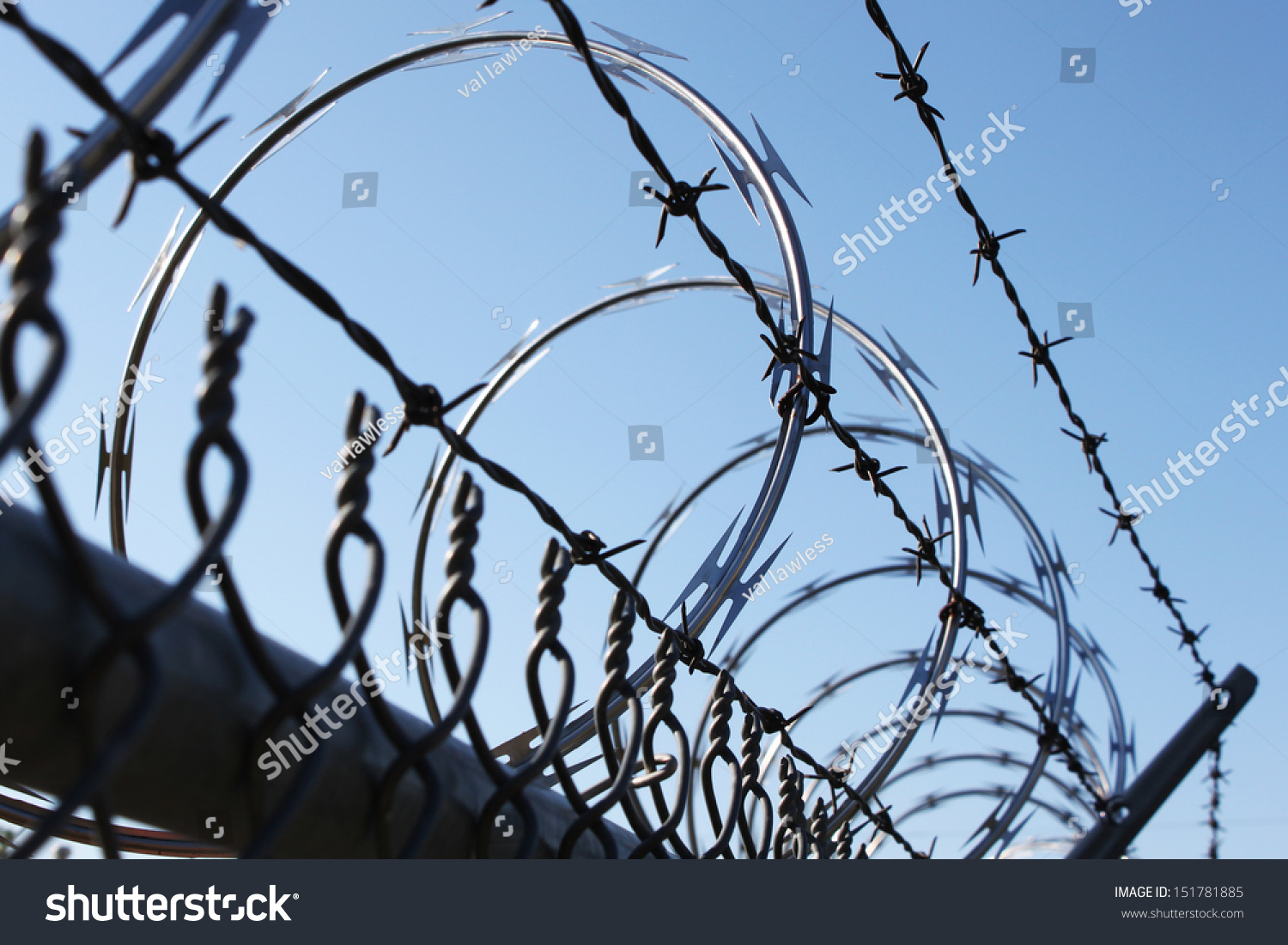 Barbwire Metal Fence Stock Photo (Safe to Use) 151781885 - Shutterstock