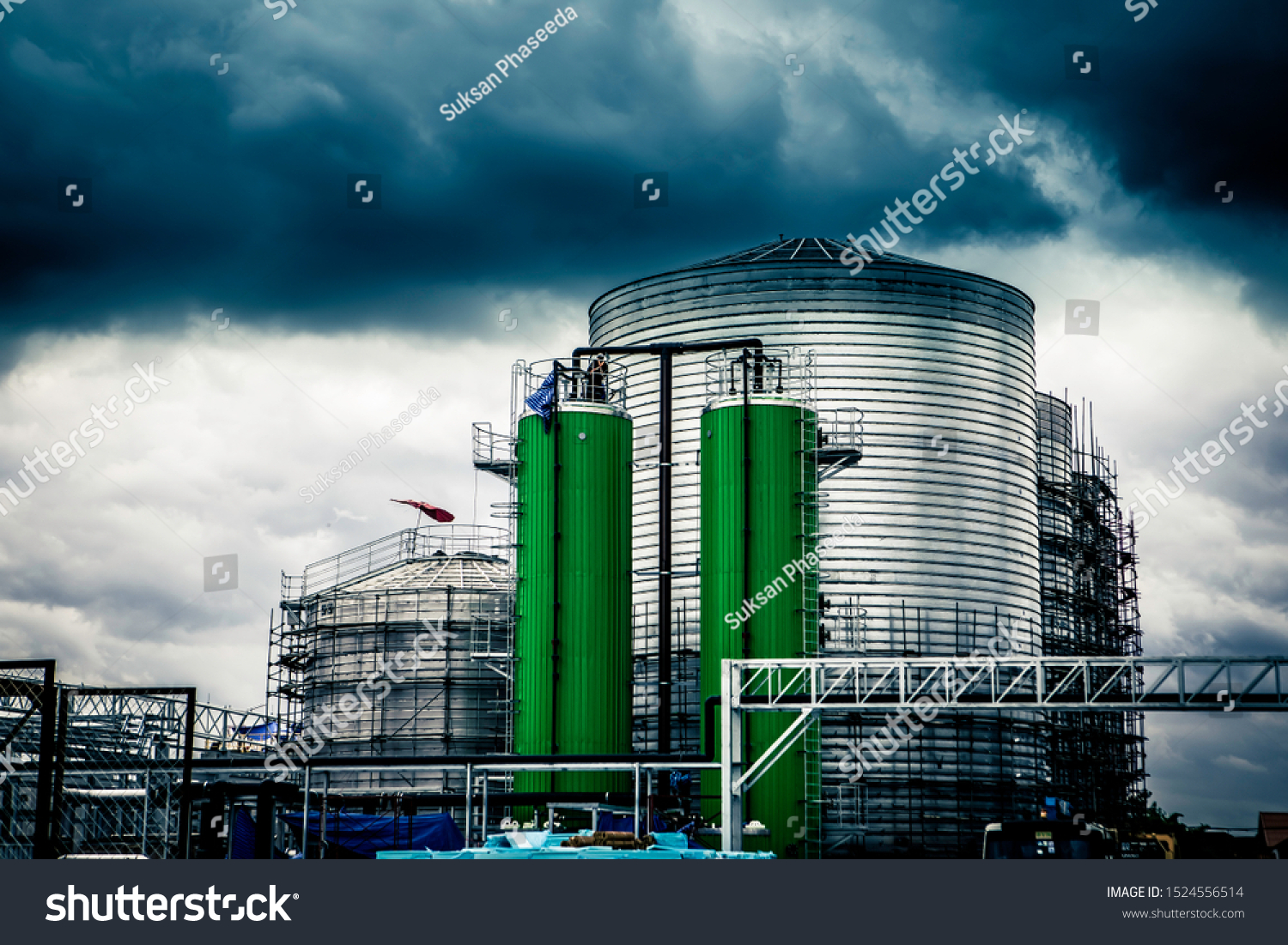 Build oil tanks, industrial chemicals and rain storms are coming. #1524556514