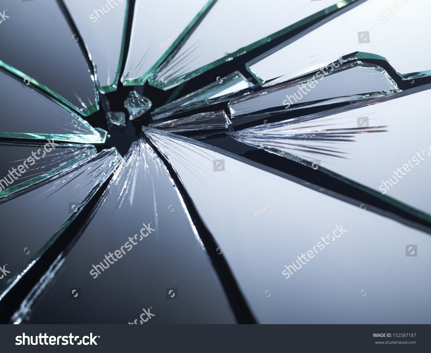 Broken Mirror Shattered Many Pieces Stock Photo 152587187 ...