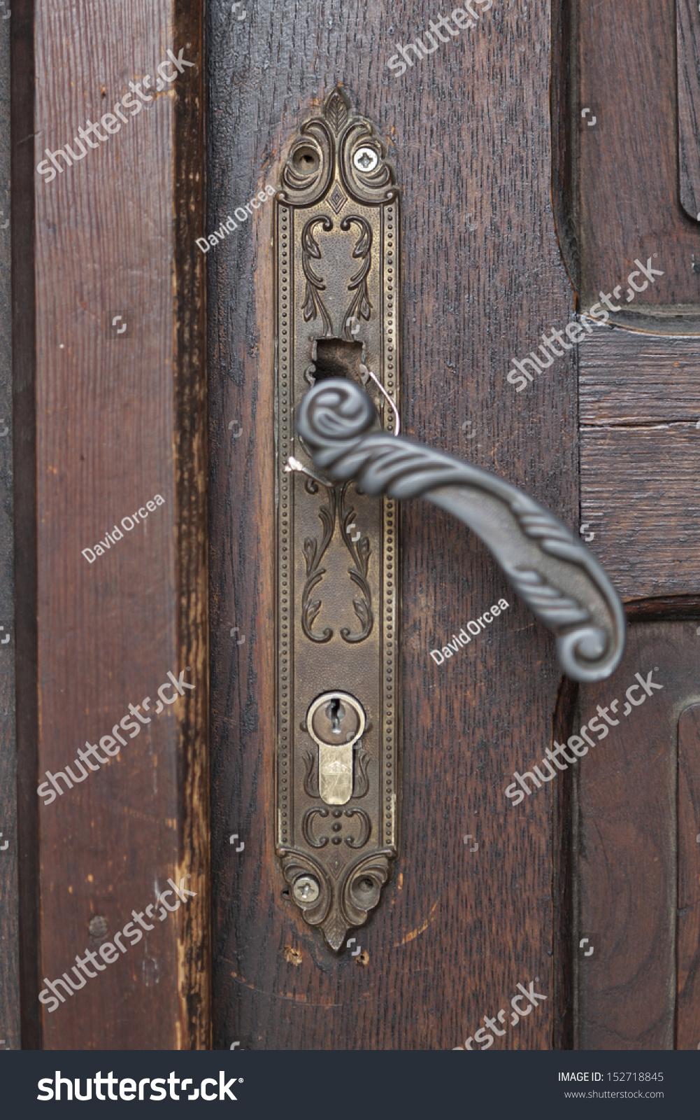 Old Door Handle Closeup On Old Stock Photo 152718845 - Shutterstock