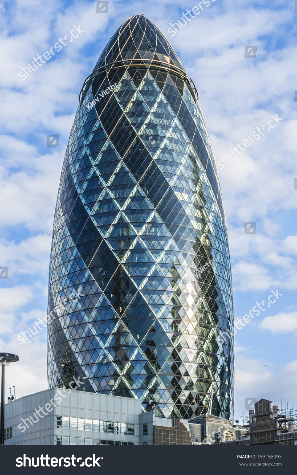 London june 3 view of gherkin building 30 st mary axe at sunset in londo - Adresse london exemple ...