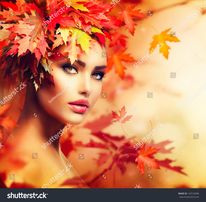 Beautiful Women Make Woman Fall 78