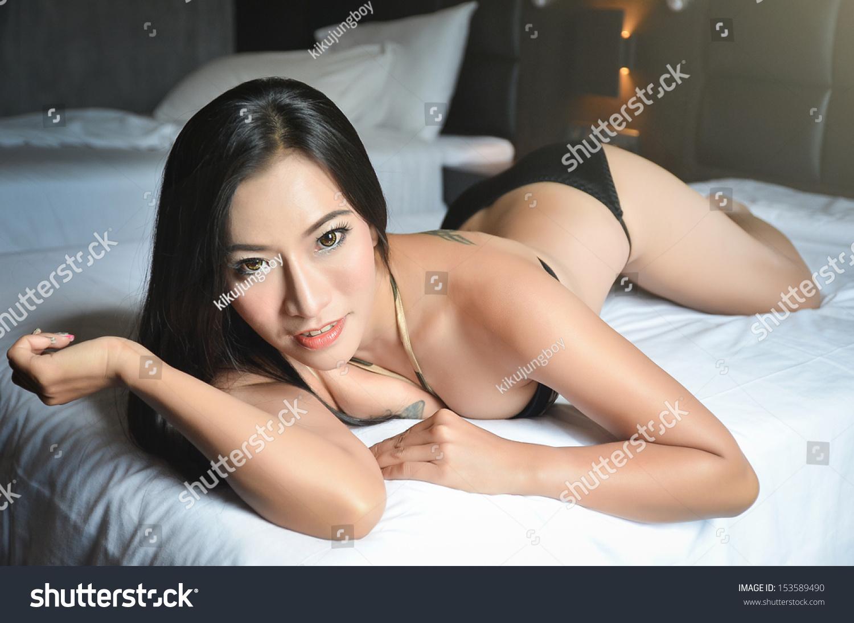 Women over 50 sexy upskirt