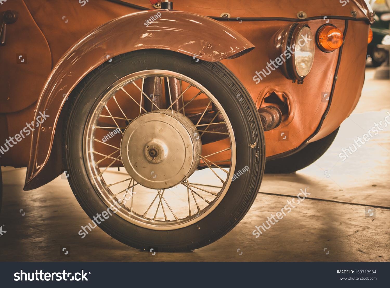 Detail Front Wheel Vintage Car Stock Photo 153713984 - Shutterstock