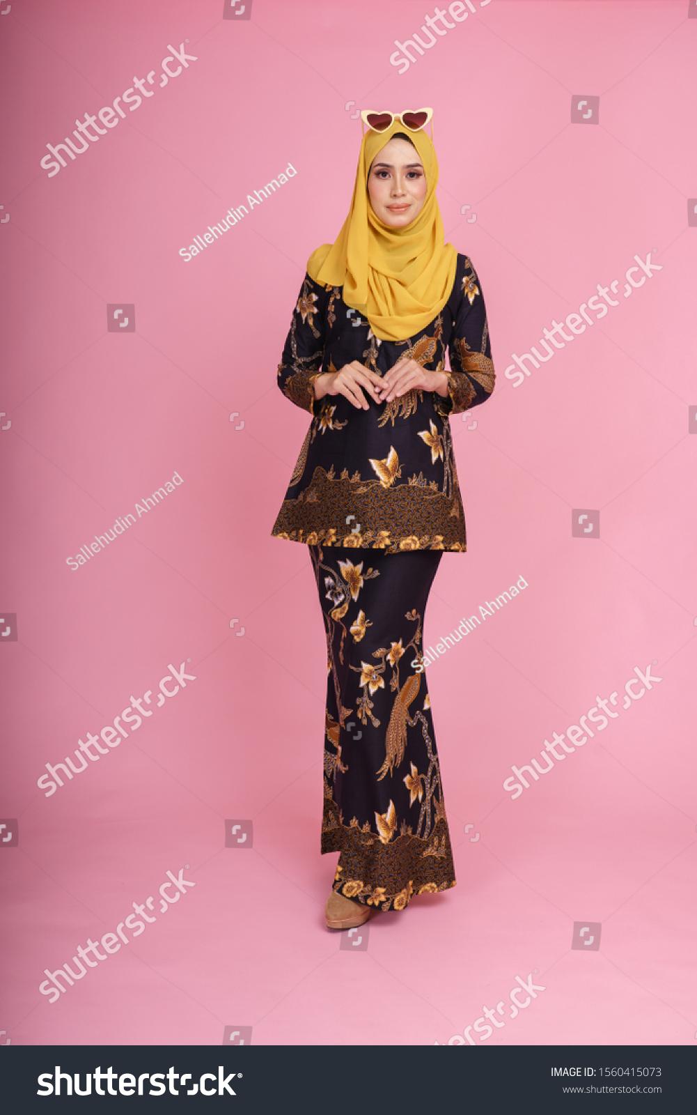 Beautiful Female Model Wearing Black Baju  Beauty/Fashion Stock