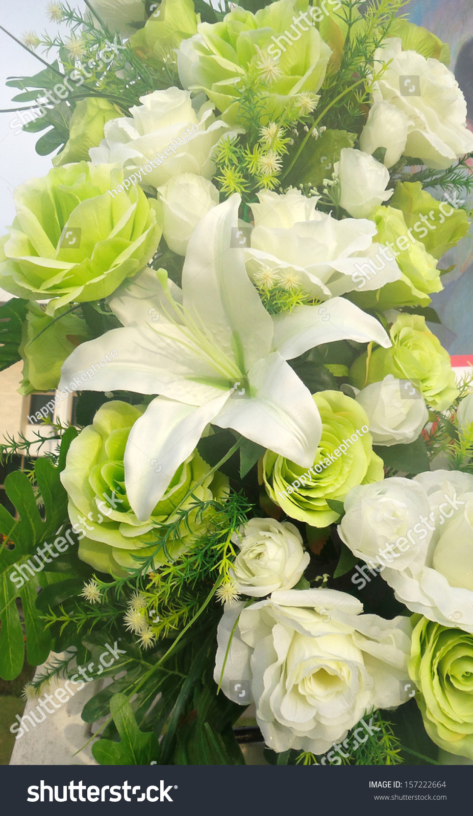 Bunch White Roses Lily Stock Photo Royalty Free 157222664
