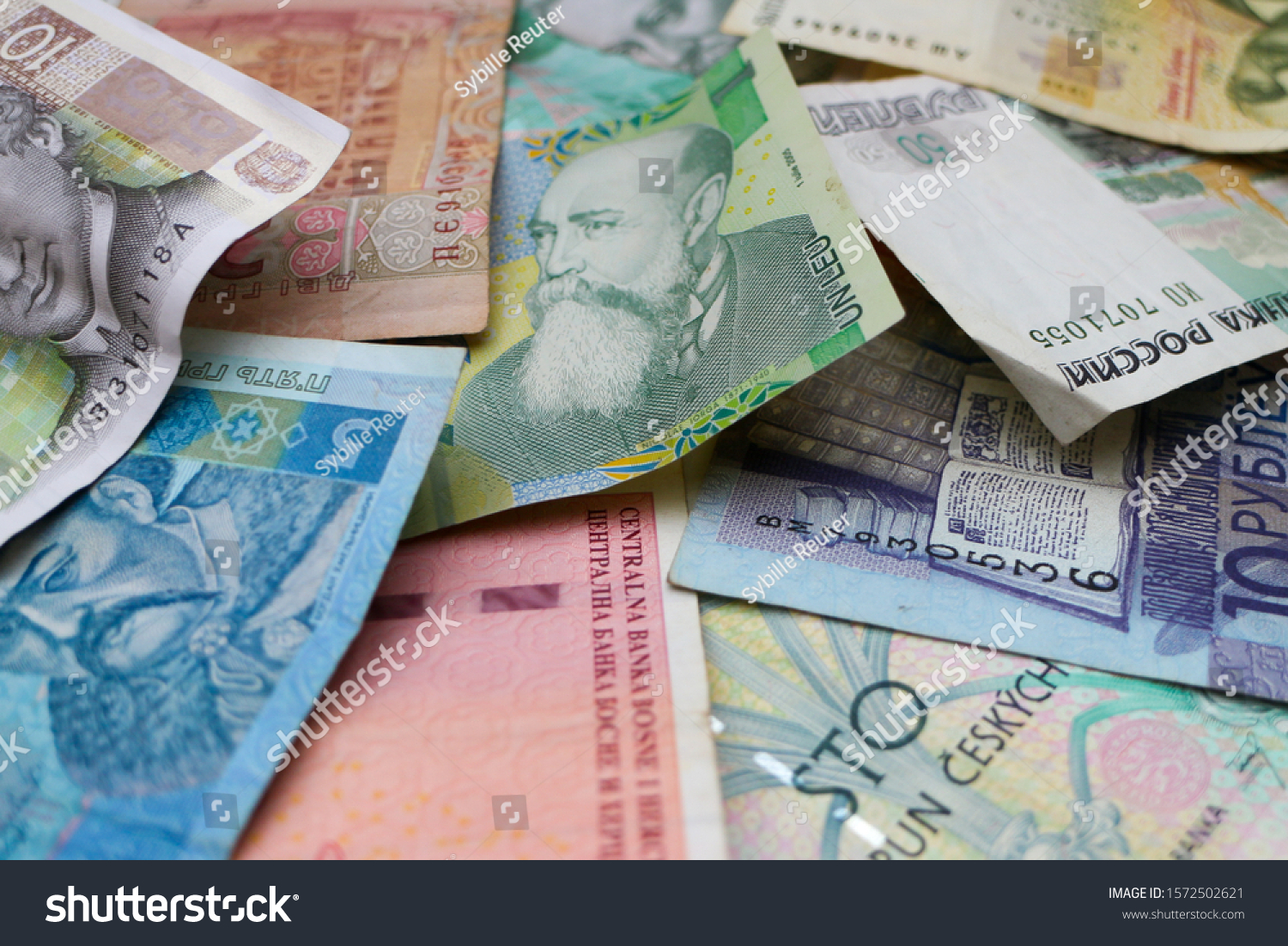 stock-photo-pile-of-banknotes-of-eastern