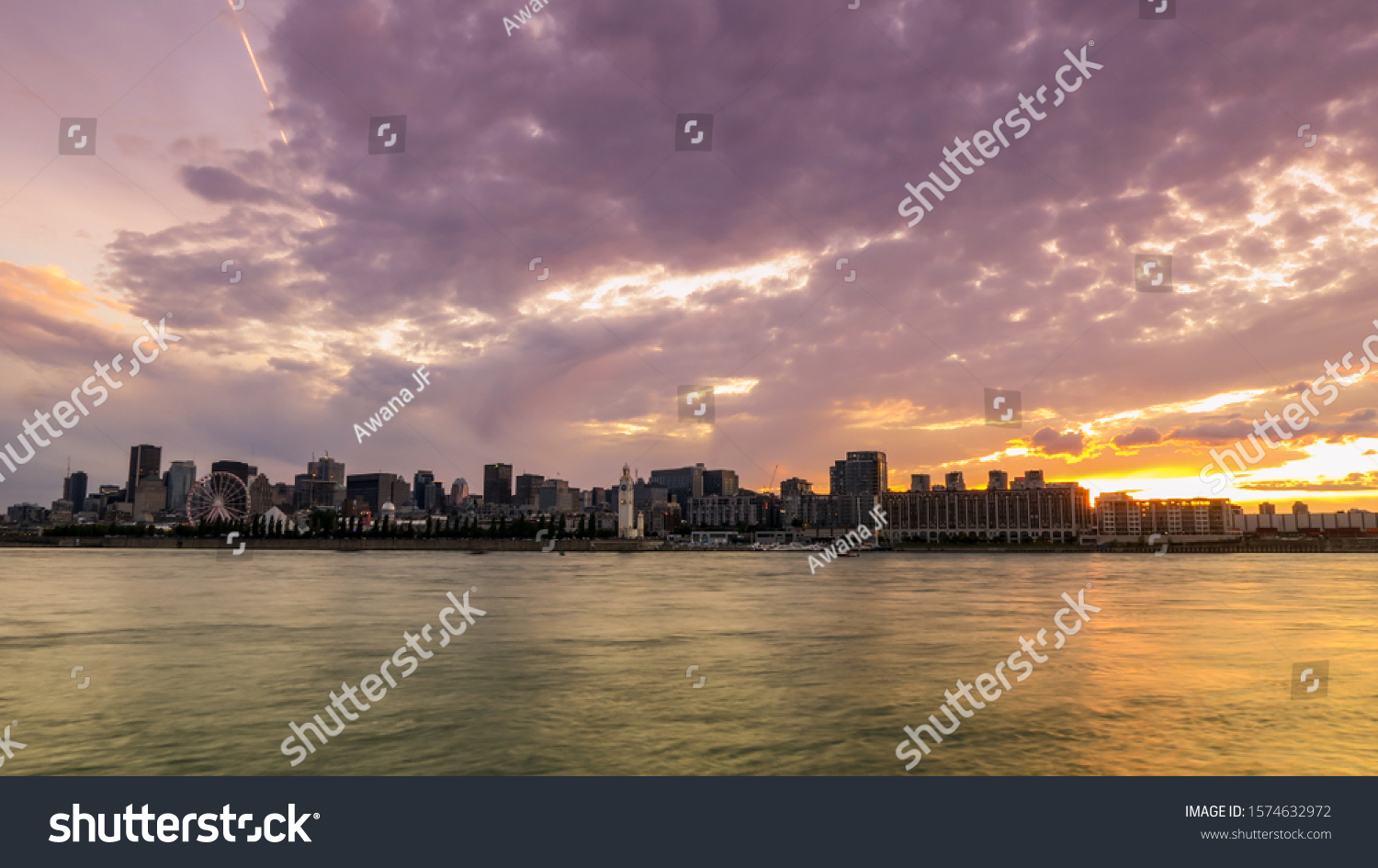 stock-photo-sunset-over-the-skyline-of-m
