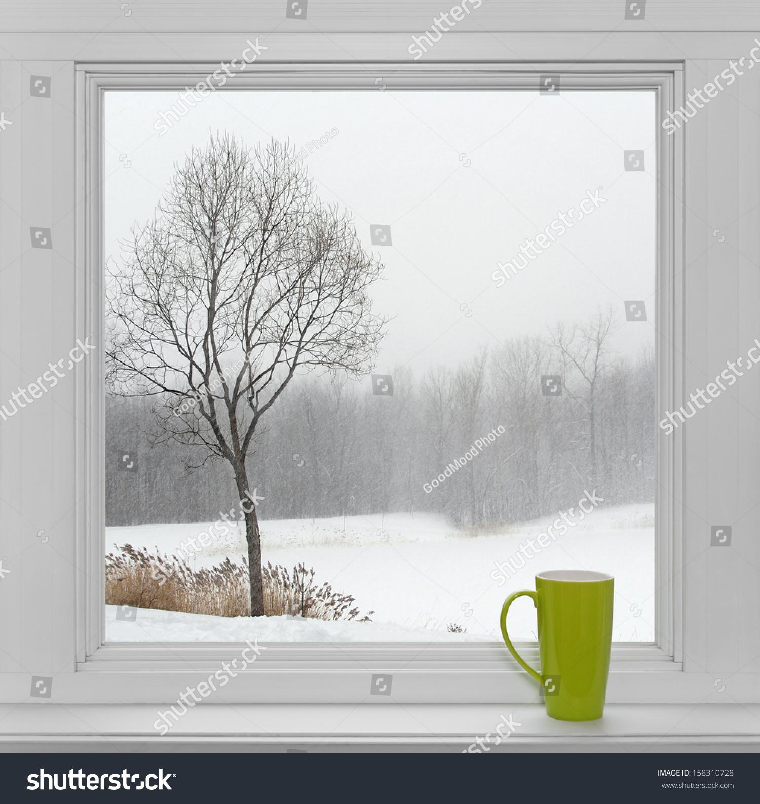 Через вікна якої видно 10 фотография