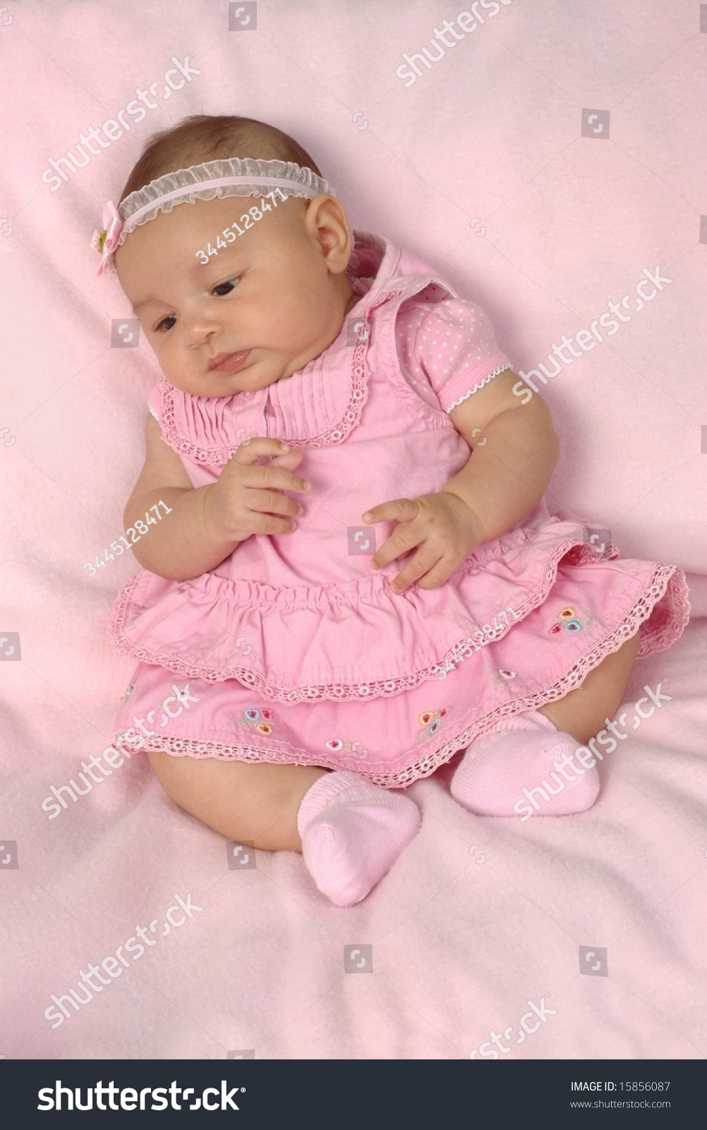 Baby Girls' Clothing from shinobitech.cf Whether you need a breathable bodysuit set for a sunny day at the park or a ruffled dress and diaper cover for a special occasion, shinobitech.cf offers a wide selection of essentials when it comes to baby girls' clothing.