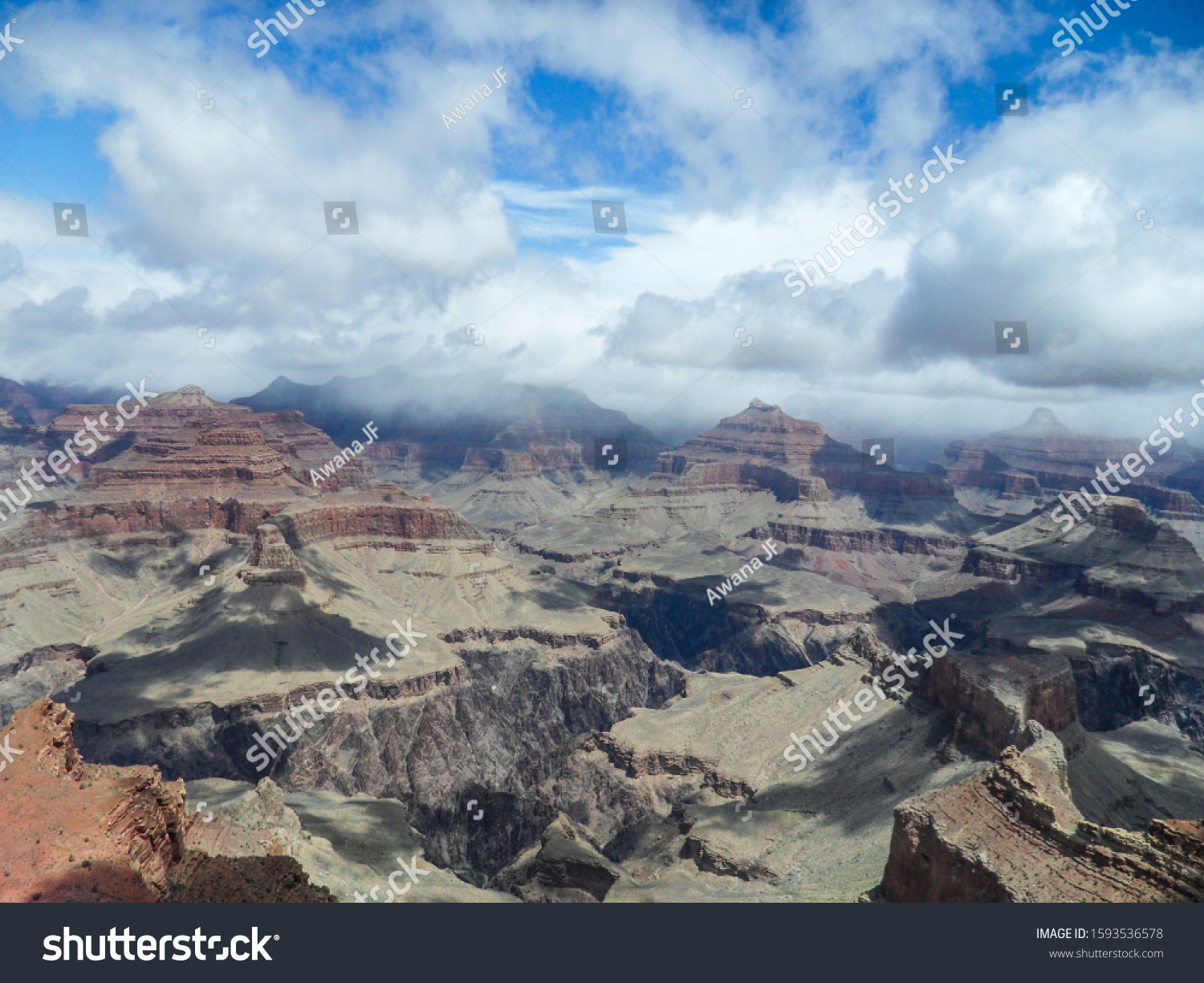stock-photo-beautiful-view-of-grand-cany