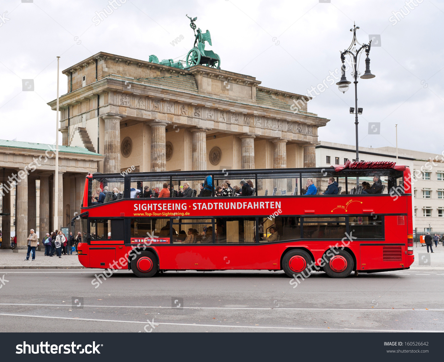 berlin germany october 17 tourist double stock photo 160526642 shutterstock. Black Bedroom Furniture Sets. Home Design Ideas