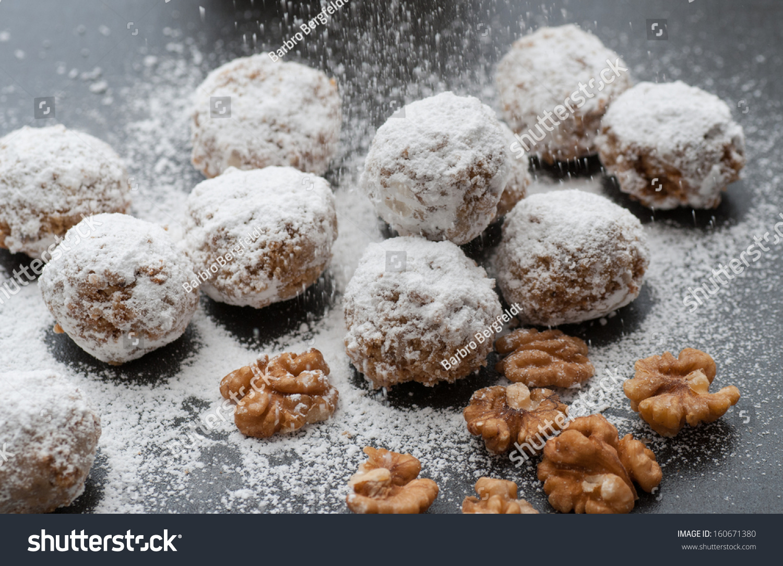 Walnut Snowball Cookies Stock Photo 160671380 - Shutterstock