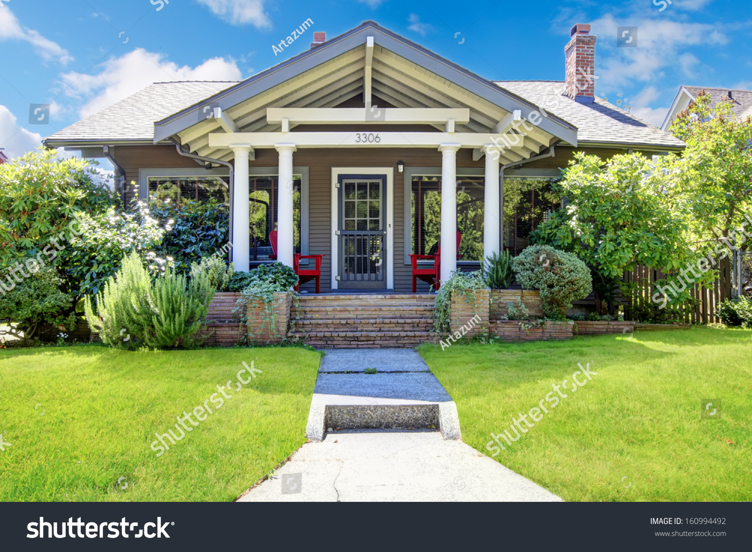 Covered front porch craftsman style home royalty free stock image - Small Craftsman Style American Old House With Front Porch
