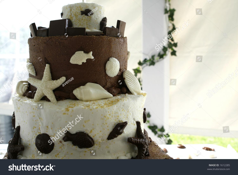 Chocolate Vanilla Wedding Cake Stock Photo Edit Now 1612285