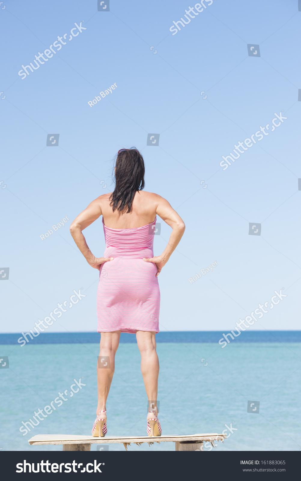 ebony casually walking around naked