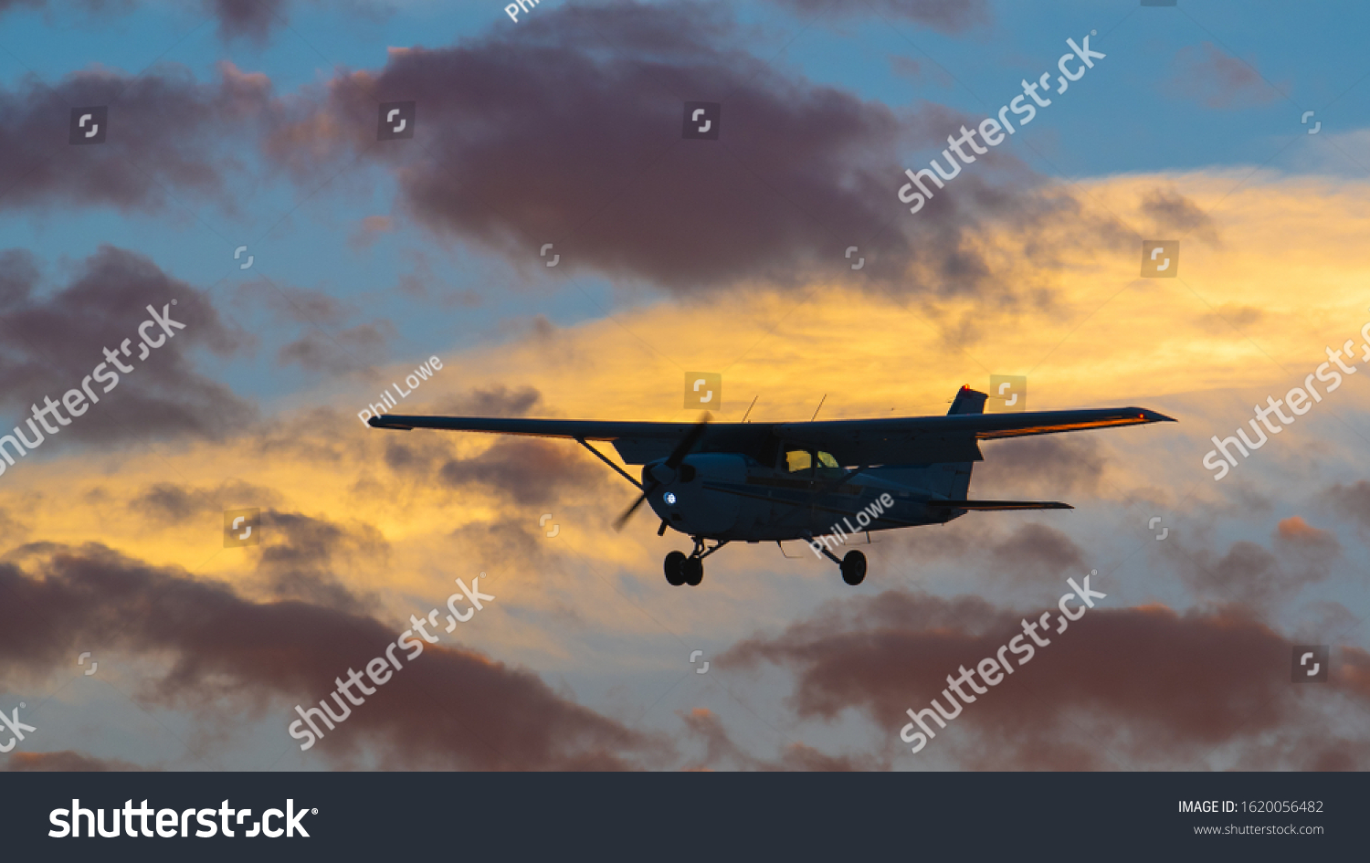 stock-photo-shot-of-a-silhouetted-uniden
