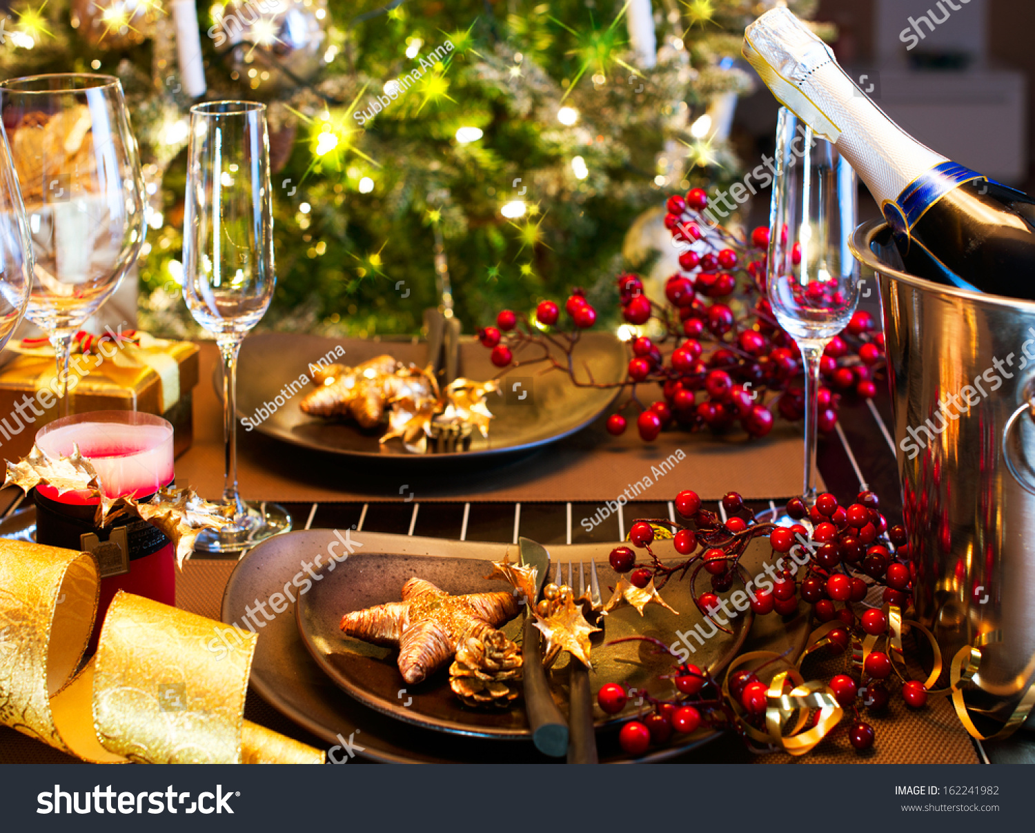 Christmas New Year Holiday Table Setting Stock Photo  : stock photo christmas and new year holiday table setting celebration place setting for christmas dinner 162241982 from www.shutterstock.com size 1500 x 1207 jpeg 942kB