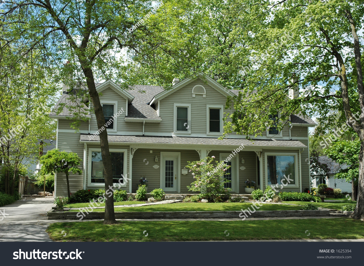 Double semi house white trim beige stock photo 1625394 shutterstock - White house green trim ...