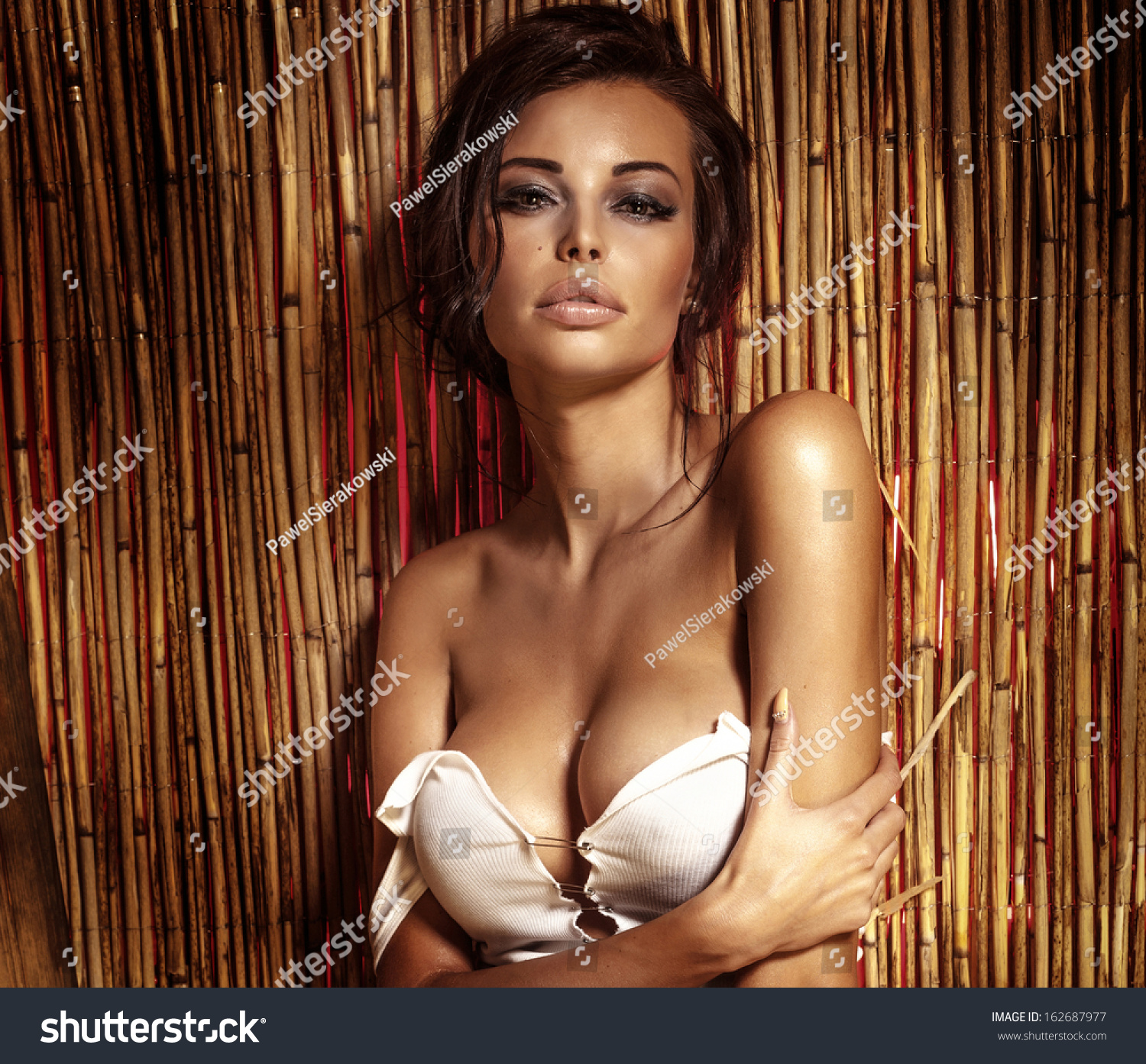 klein-nude-beautyful-naked-breast-galley-forced-nude