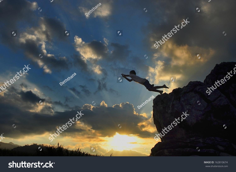 100+ Dream Falling Off A Cliff – yasminroohi