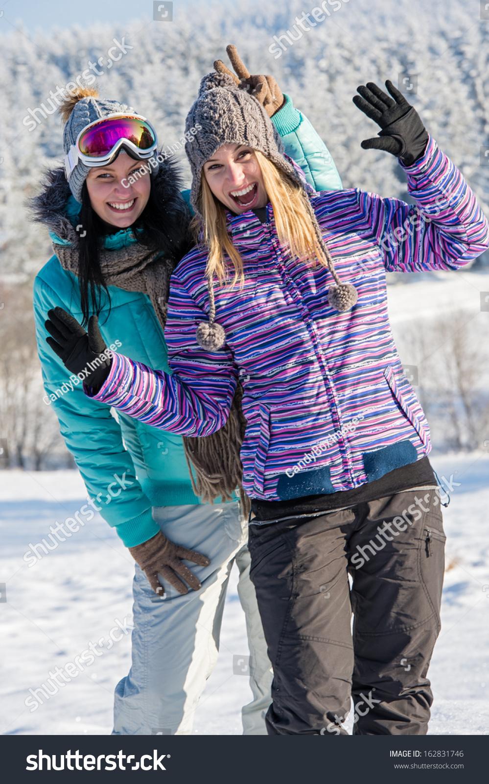 Фото подружек зимой 13 фотография
