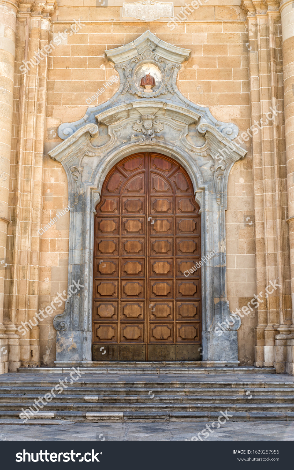 This is the baroque portal of the cathedral of Saint Thomas of Canterbury which is the mother church of Marsala in Sicily, Italy.