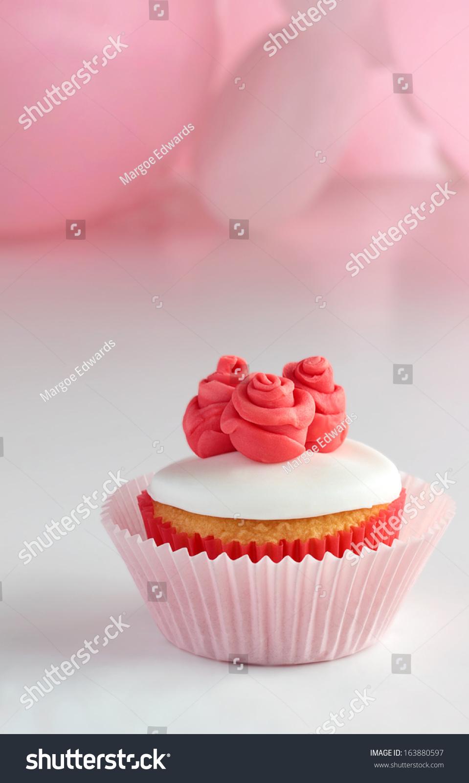 Birthday Cupcake Pink Stock Photo 163880597 Shutterstock