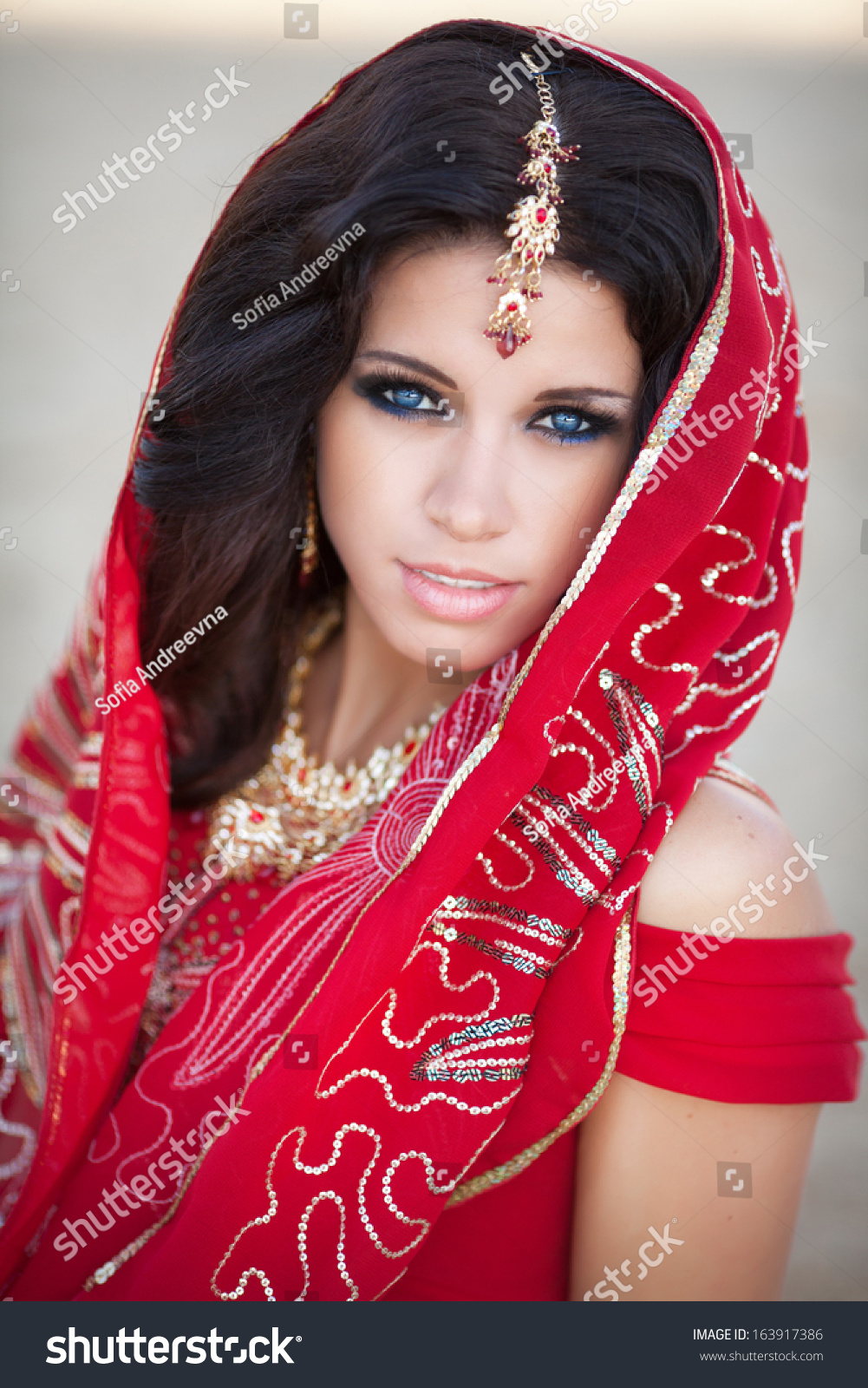 Beautiful Indian Woman Traditional Red Dress Stock Photo (Royalty ...