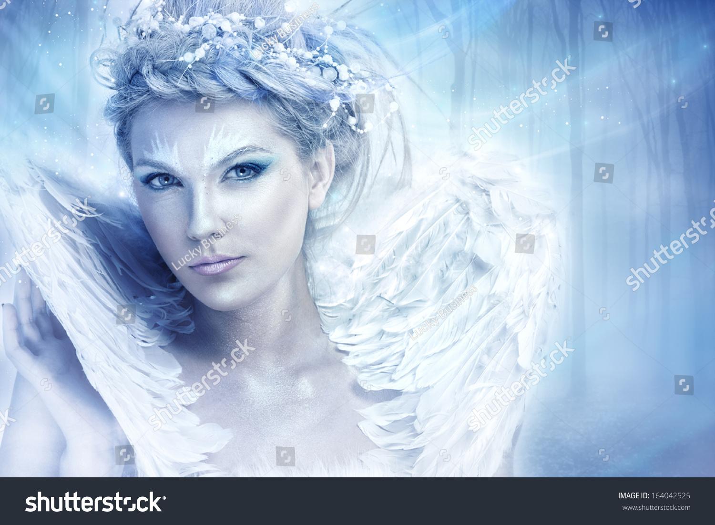 Snow Queen by Trefle-Rouge on DeviantArt