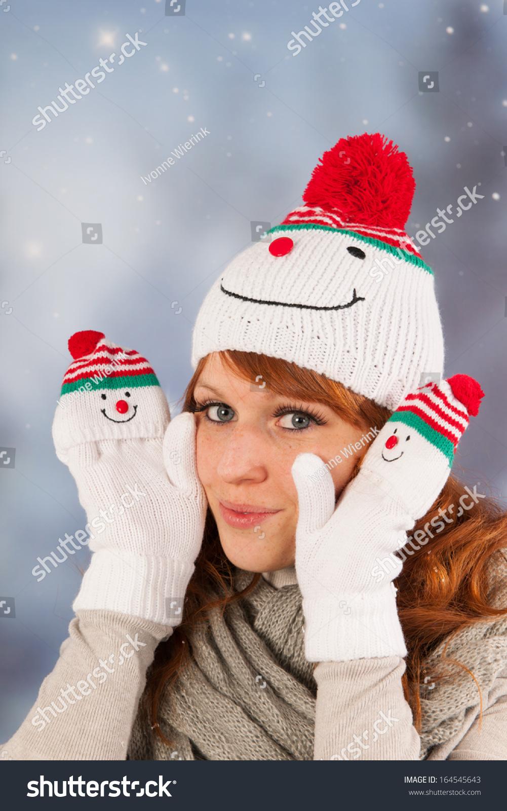 1096a4befb0ca Portrait Woman Winter Snow Snowman Hat Stock Photo (Edit Now ...
