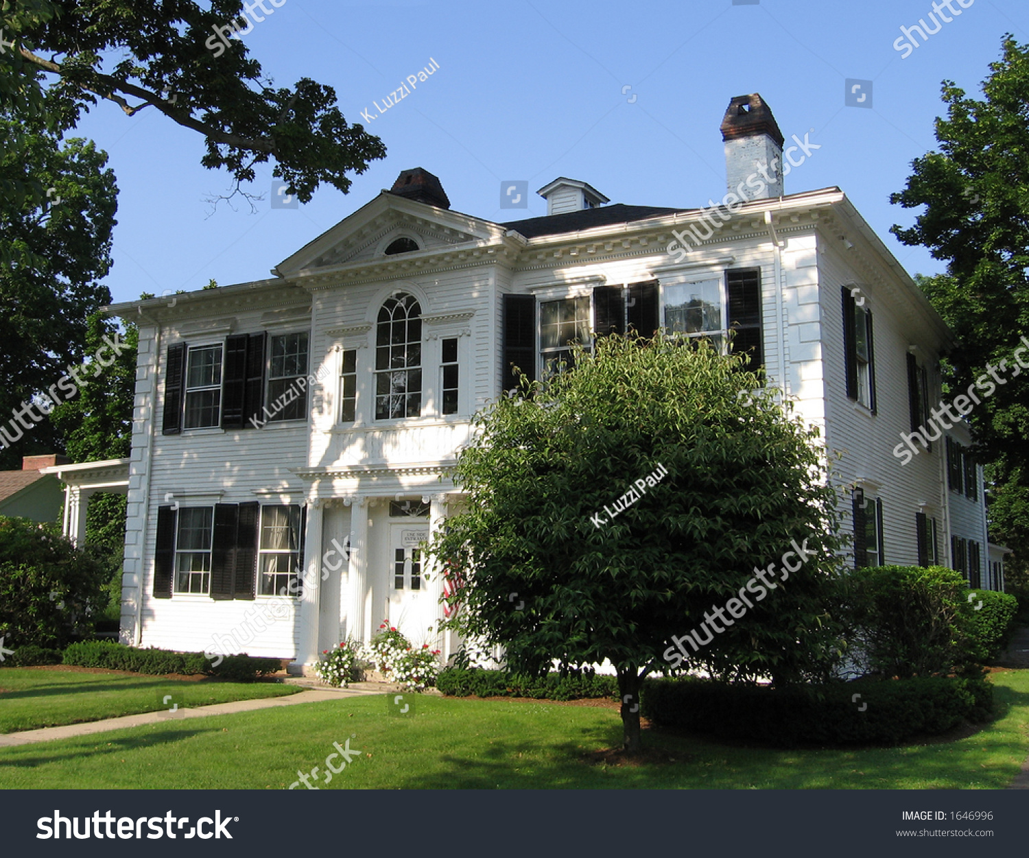 Colonial house in new england stock photo 1646996 for New england colonial house