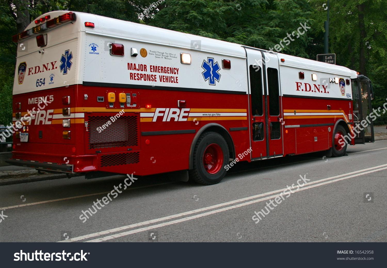 Fdny Truck Stock Photo 16542958 - Shutterstock