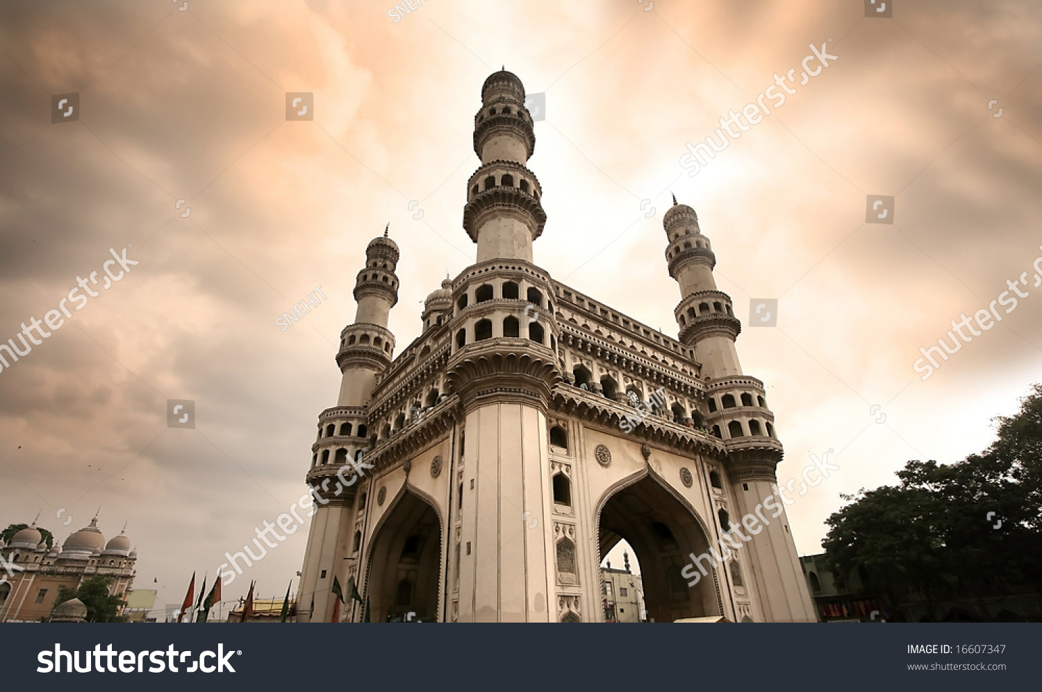 Charminar Hyderabad, India - Location, Facts, History and ...